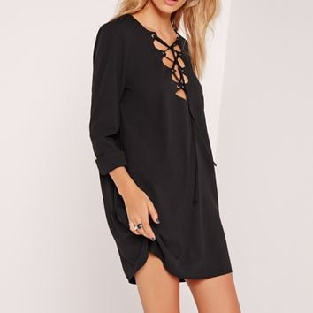 Missguided - Scallop Front Lace Up Shift Dress Black