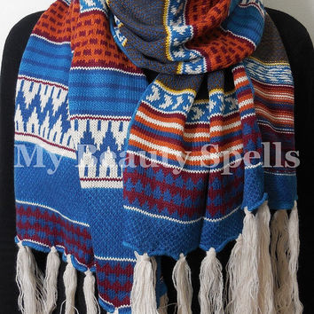 Boho Aztec Print Scarf - Knitted Blue bohemian style Scarf