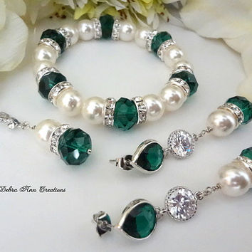 Swarovski Pearl Emerald Necklace Bracelet Earring Set Emerald Green Wedding Bridal Bridesmaid Jewelry Mother of Bride Groom Gift Set Formal