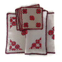 Vintage Linen Runner-Napkins-Placemat- Ecru-Bright Red Floral-Black-Embroidery-Handmade-Table Linens-Flowers-Tulips-6 Piece Set