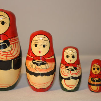 Small Set of Wooden Nesting Dolls, Russian Dolls, Hand Painted Folk Art Dolls