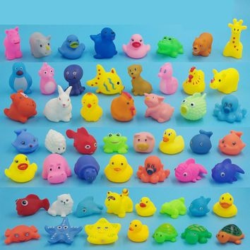 Random 5 pcs Lovely Mini Animals Duck Water Toys Colorful Soft Rubber Float Squeeze Sound Squeaky Bath Toy For Baby Kids