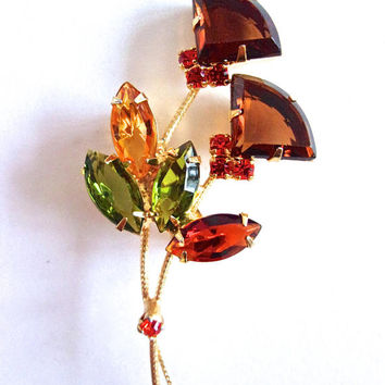 Flower Fan-Cut Rhinestone Brooch, Juliana Style Green Topaz Root Beer, Gold Tone, Vintage