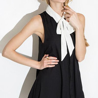 Black Lapel Collar Sleeveless Dress with Bow