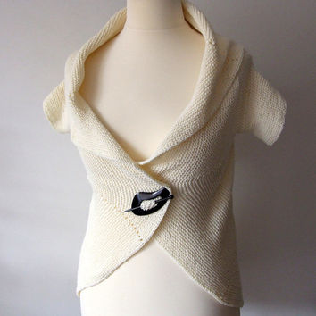 circle shrug, short sleeve cardigan, summer camisole, ecru ivory, handknitted