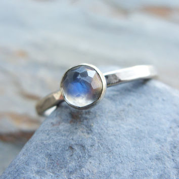 5mm Rose Cut Rainbow Moonstone Stacking Ring in Hammered Sterling Silver - Faceted Natural Stone