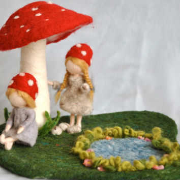 Waldorf inspired  dolls : The Children of The Forest (by Elsa Beskow)