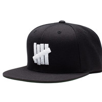Undefeated 5 Strike HO16 Snapback In Black