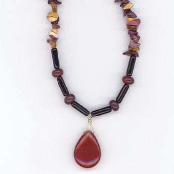 Red and Black Pendant Necklace Teardrop Agate with by Lehane
