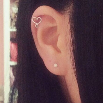 Tiny Heart & Infinity Cartilage Earring