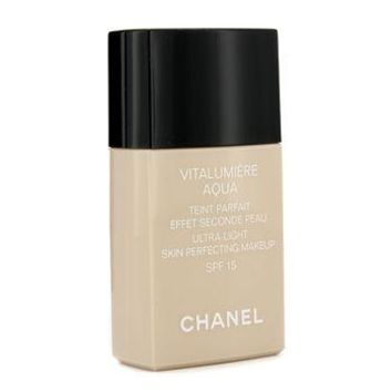 Chanel Vitalumiere Aqua Ultra Light Skin Perfecting Make Up SFP 15 - # 40 Beige Make Up