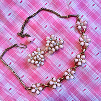 Pretty in Pink Goldtone with sparking Pink Flowers Retro necklace & earrings set prom perfect
