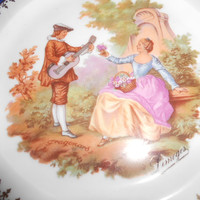 LIMOGES Courting couple Romantic plate gold trim collector plate 7 3/4 inch wide