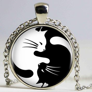 Vintage Two Yin Yang Cats Necklace Pendant Kolye Cabochon Long Chain Statement Necklace For Fashion Women Men HZ1