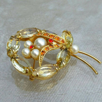 Vintage Stunning Rare Goldtone Amber & Orange Crystal Rhinestone Faux Pearl Bee Brooch Pin - Easter Spring Collection