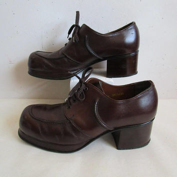 Vintage Men's Platform Shoes 1970's Tomcats Disco Era Brown Leather Boogie Shoes 70s Guys High Heels 8M
