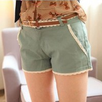 Sweet Pattern Lace Embellished Short Pants Green (With Belt)