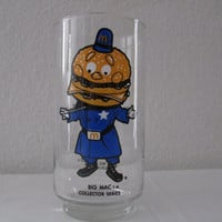 14-1136 Vintage 1970s McDonald's Big Mac Glass / Big Mac Collectible Glass /