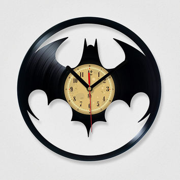 Vinyl Record Clock - Batman. Vinyl Eaters is an upcycling product made from vinyl records. Cool gift ideas for music lovers.