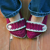 Boysenberry slippers, crochet slippers, booties, womens slippers, womens crochet slippers, winter fashion, socks, crochet shoes