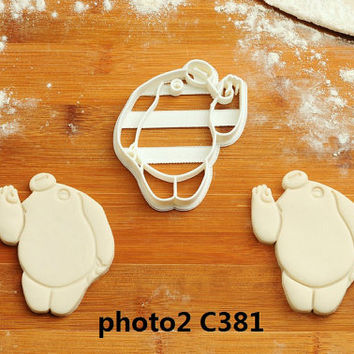 Big Hero 6 - Cookie Cutter big hero 6 party favors big hero 6 cake topper big hero 6 stickers big hero 6 birthday invitations M1  C381