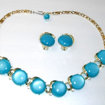 Vintage Lisner Lucite Thermoset Necklace and Clip on Earrings, turquoise and silver, 1960s Jewelry, moonglow
