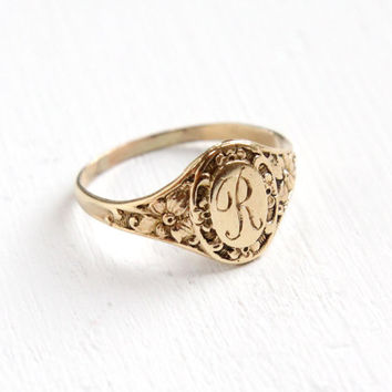 Antique Art Deco Monogrammed R 10k Yellow Gold Ring - Vintage 1920s Flower Size 4 Etched Initial Signet Cursive Letter R Pinky Fine Jewelry