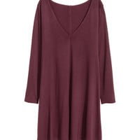 H&M Jersey V-neck Dress $19.99