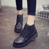 Cotton-Padded Flat Heel Lace Up Vintage Women's Winter Boots