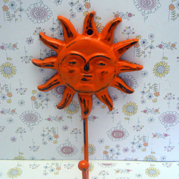 Sun Face Wall Hook Cast Iron Bright Bold Orange Beach Shabby Style Chic Sunshine Patio Porch Pool Decor Key Jewelry Hat Coat Keys Leash Hook