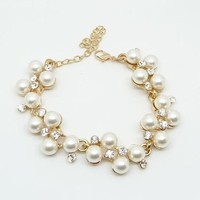 Grape pearl bracelet