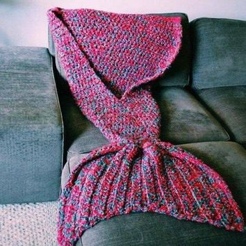 Creative Artist Playfully Redesigns Cozy Blankets As Crocheted Mermaid Tails