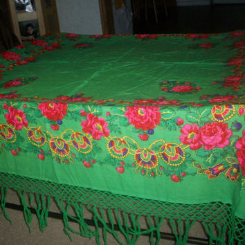 Vintage Floral Tablecloth by augiesvintagefinds on Etsy
