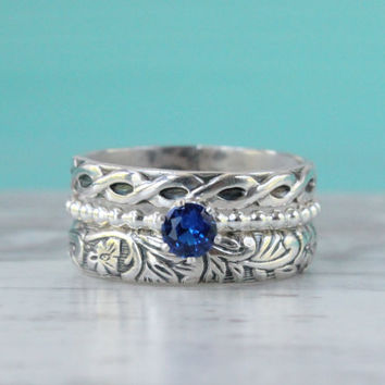 Stacking rings - set of 3 - sterling silver - floral rings - blue supphire beaded ring - flower pattern - antique vintage style - royal blue