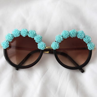 Daisy Dream Sunglasses (blue)