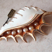 Trifari Conch Shell Brooch Faux Pearls Enamel Vintage 011817BT