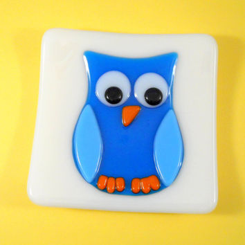Fused Glass Plate Dish, Blue Owl Bird on White Background, 5 inch Square