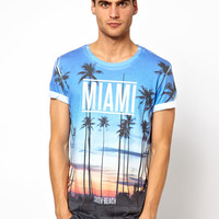 River Island | River Island T-Shirt With Miami Palms Print at ASOS