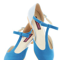 ModCloth Colorblocking Bow Your Socks Off Flat in Blue