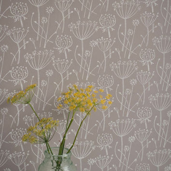 Tussock patterned paint roller