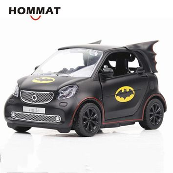 Batman Dark Knight gift Christmas HOMMAT Simulation 1:36 Batman Pattern Smart Fortwo Car Model Alloy Diecast Toy Vehicle Car Model Die Cast Metal Collection Gift AT_71_6