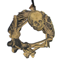 Halloween SKELETON WREATH Wood 3 Dimentional Bones Skull 19742