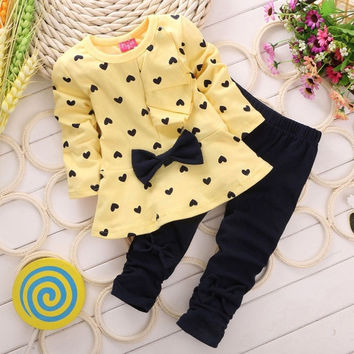 Kids Baby Girl Heart-shaped 2PCS Clothes Outfits Tops Sweater + Pants 2-5 Years = 1920474820