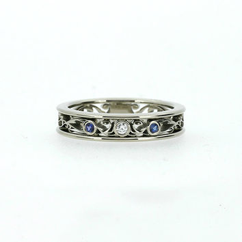 Blue sapphire and diamond filigree ring, white gold, filigree engagement ring, blue sapphire wedding, thin filigree, vintage, unique, blue
