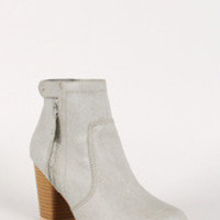 Qupid Snap Button and Zipper Chunky Heel Ankle Bootie