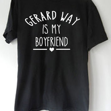 LontongBalap Design T-shirt gerard way is my boyfriend