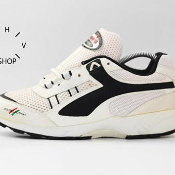 NOS 90s Vintage Diadora Aster Double Action D.A. sneakers / Deadstock Trainers / White Black running jogging kicks hi tops / made in China