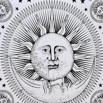 Sun Tapestry, Sun and Moon Hippie tapestries Wall hanging, Indian God Sun Wall hanging, Queen Bedding, Bohemian Bedcover Tie-die tapestry
