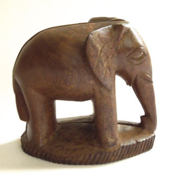 Teak Elephant Bookends by payMeNpeonies on Etsy