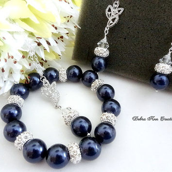 Swarovski Navy Blue Pearl Necklace Bracelet Earring 3 Piece Set Navy Blue Wedding Bridal Bridesmaid Jewelry Mother of the Bride Groom Gift